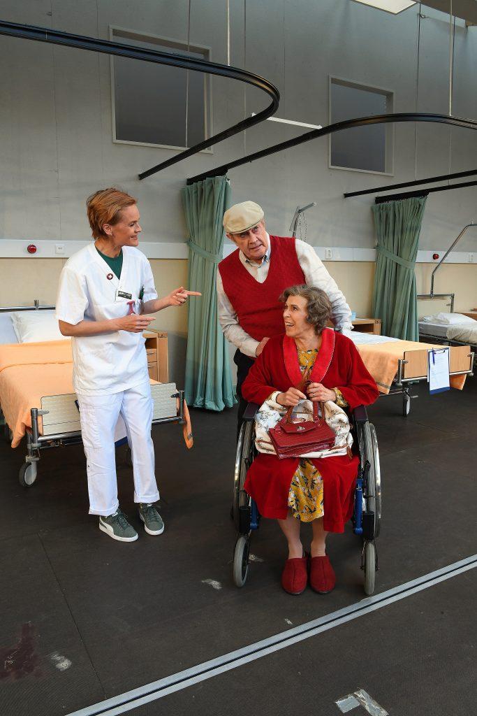 Karin Gerd Bellman kommer till avd Ferlin. Foto Mikael Lindell Bolin 4